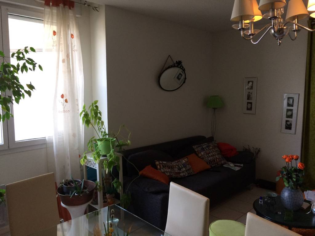 Appartement f2 vendre besan on scp cusenier thibaut for Appartement f2