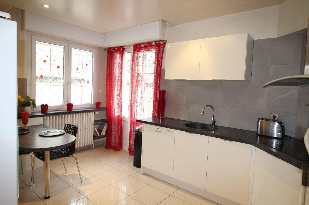 maison 7 pi ces vendre besancon fontaine ecu. Black Bedroom Furniture Sets. Home Design Ideas